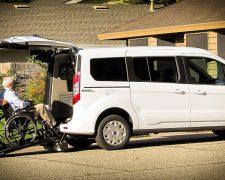 veicoli speciali con rampa per trasporto disabili rimini riccione misano morciano cattolica gabicce pesaro fano coriano croce adriatica misano